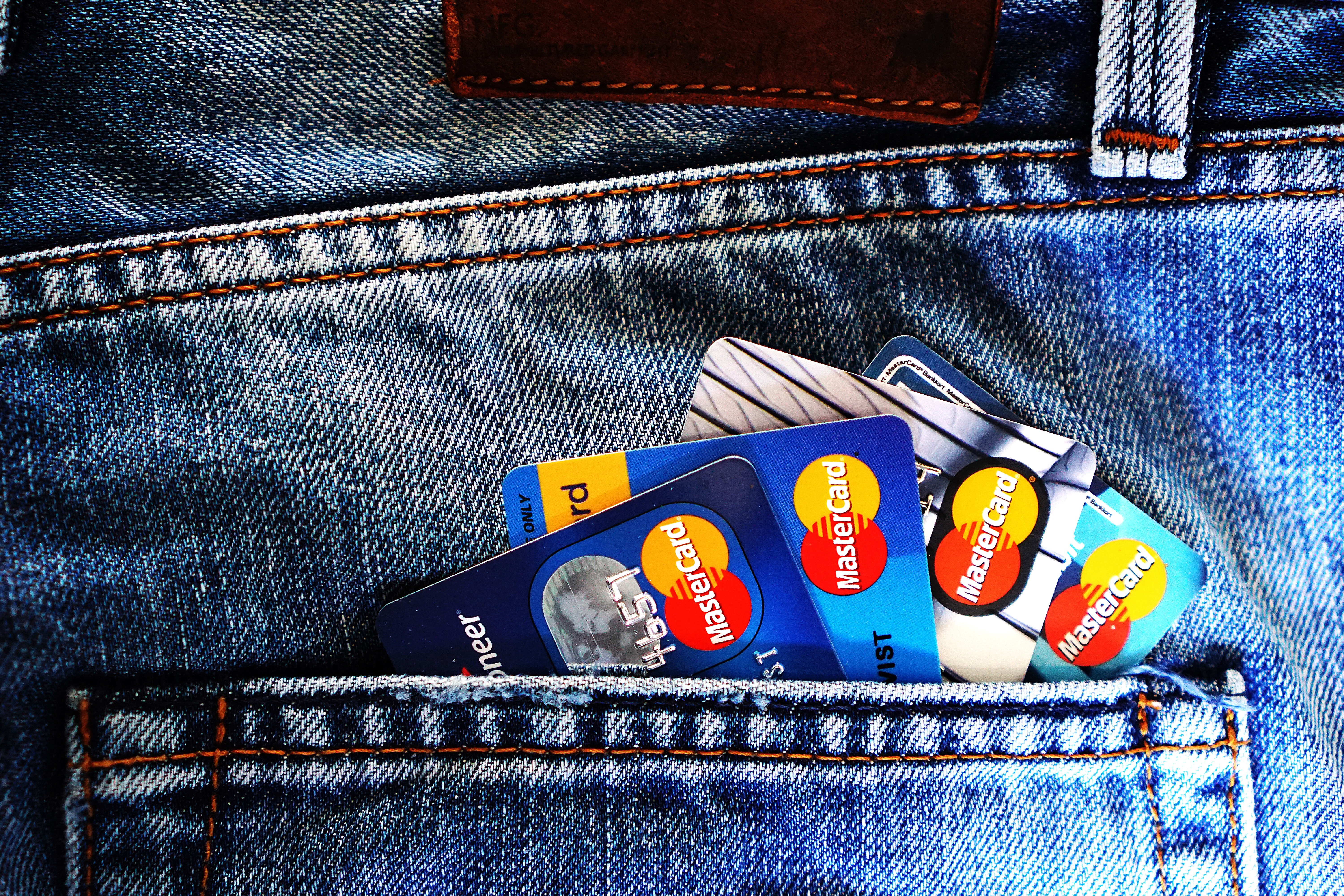 Credit cards in the back pocket of a pair of jeans